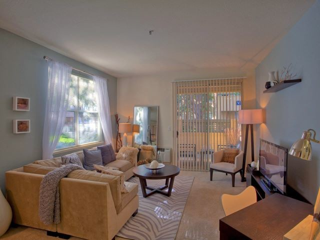1 - 3 bedrooms available in a luxurious apartment in Avalon Fremont