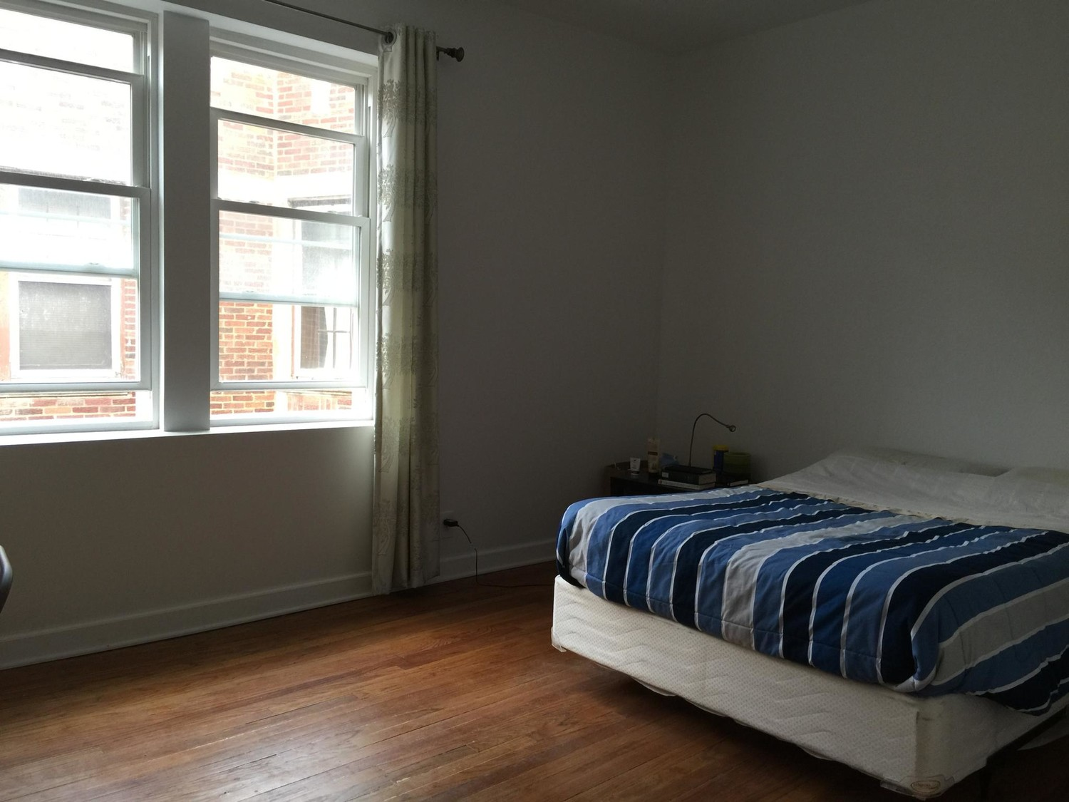Male Student Roommate wanted