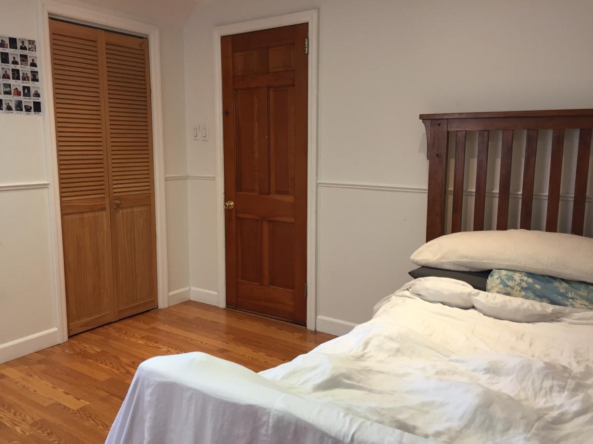 Luxury Bedroom for rent in Teaneck!
