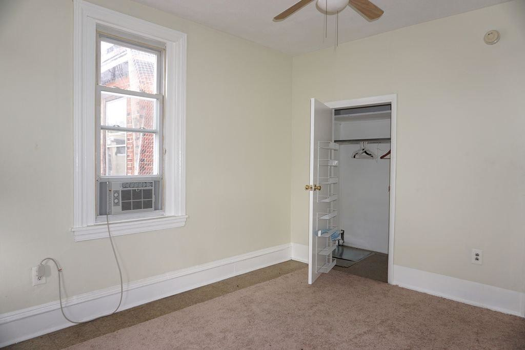 Great place for students in walking distance of Center City, University of the Arts, and the Gayboorhood.
