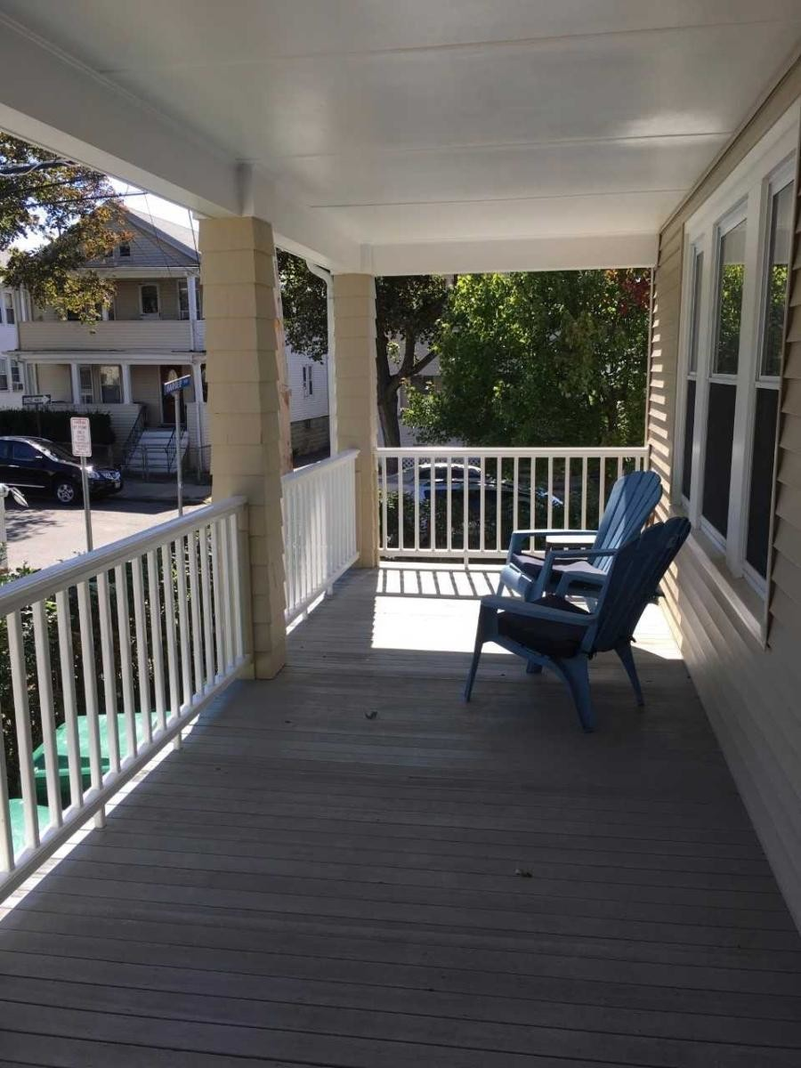 Large ROOM(bedroom) for rent - 2nd floor of a 3 family- Great location