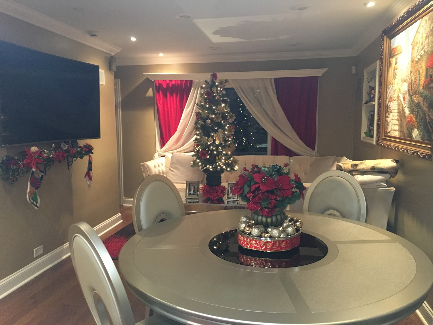 Beautiful furnished room utilities are included