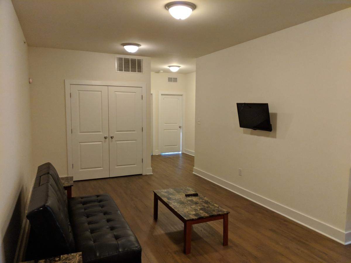 Individual room in University City luxury 3-bedroom, 3-bathroom apartment available!