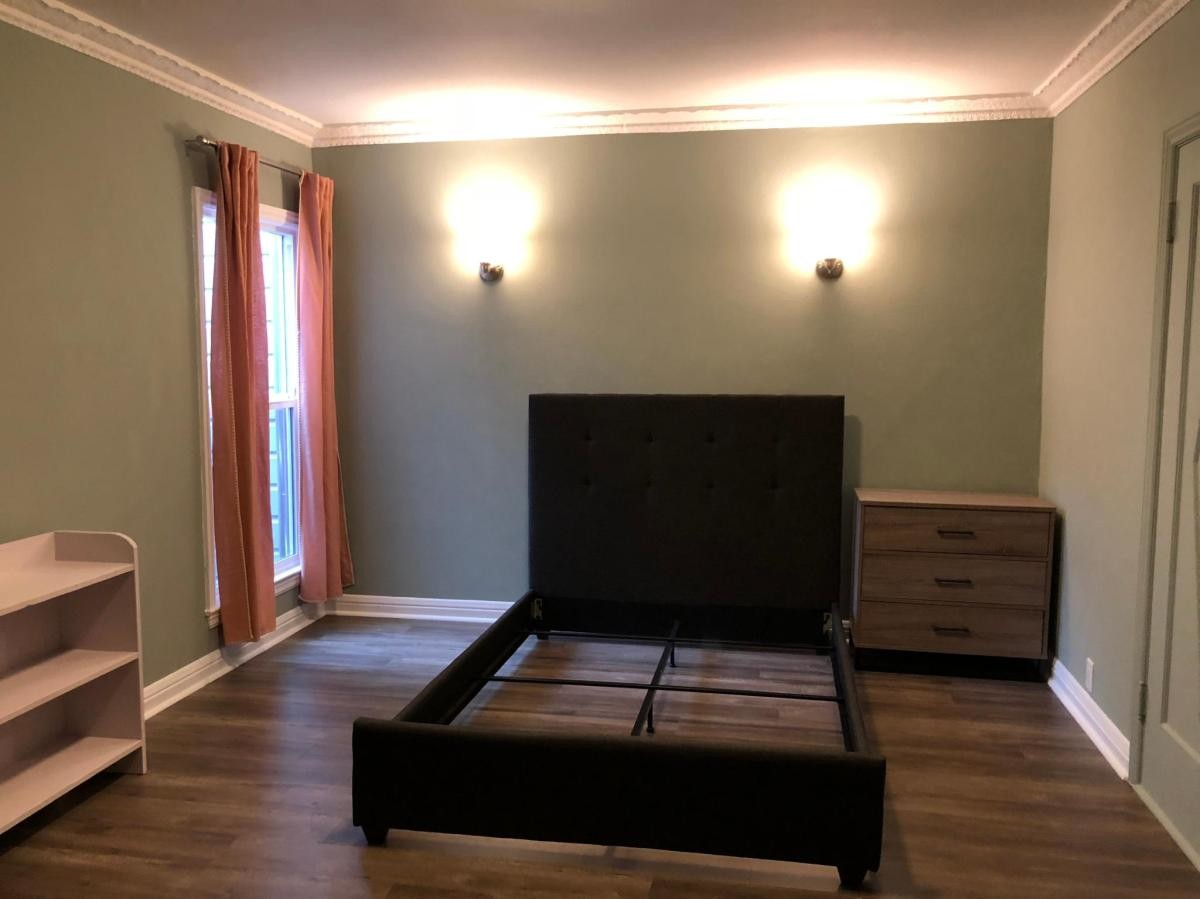 Spacious Bedroom for Rent located in the Sunset