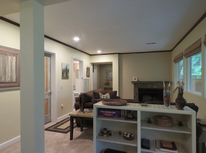 Edmonds Guest Bedroom, Private Bath & Mother-in-law Kitchen use