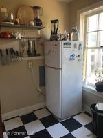 Bright, Quaint Studio in First Hill Available Now!