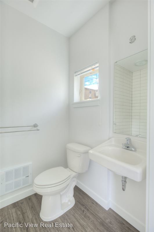 Single Occupancy Studio Available Close to Downtown