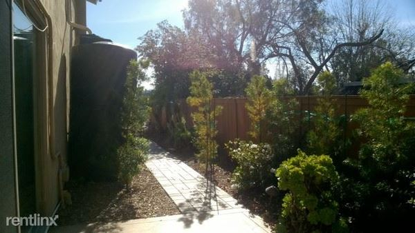 Home near UCSD   Room rental, roommate finder, off-campus