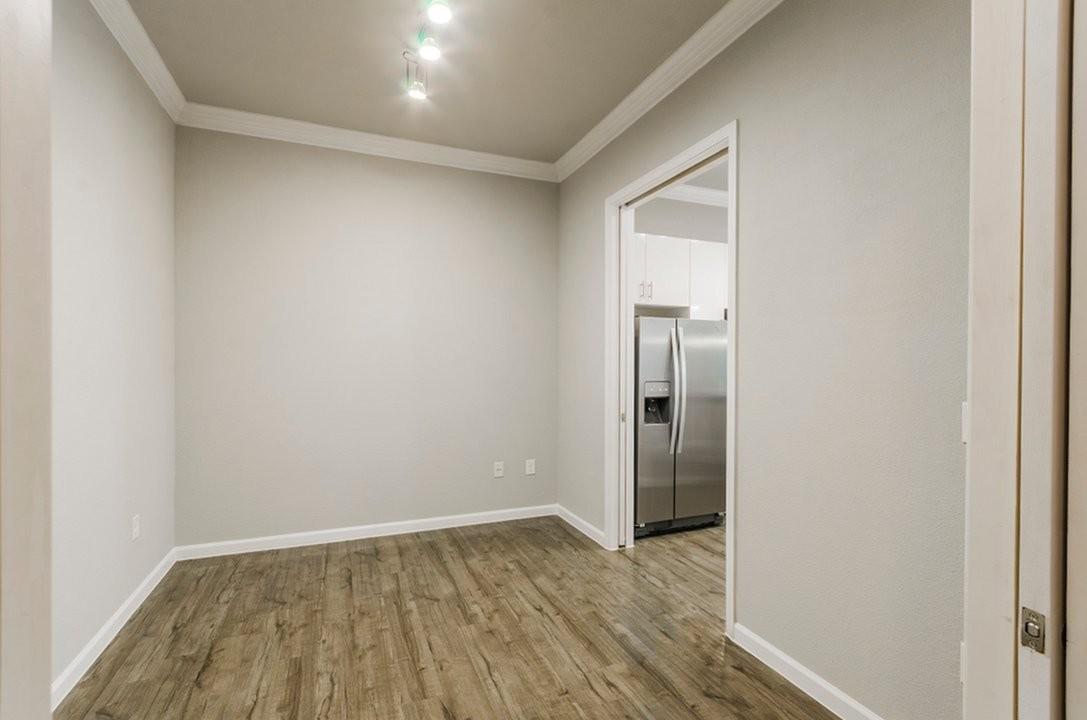 Luxury 2 Bedroom 1 Bathroom Apartment For Rent (955sqft)