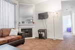 Private Room in 3Bed 3Bath Apt for Rent in Ashton Towers