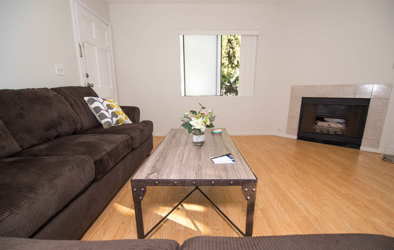 Private Room for Rent in 2bed 2bath Ashton Apartments