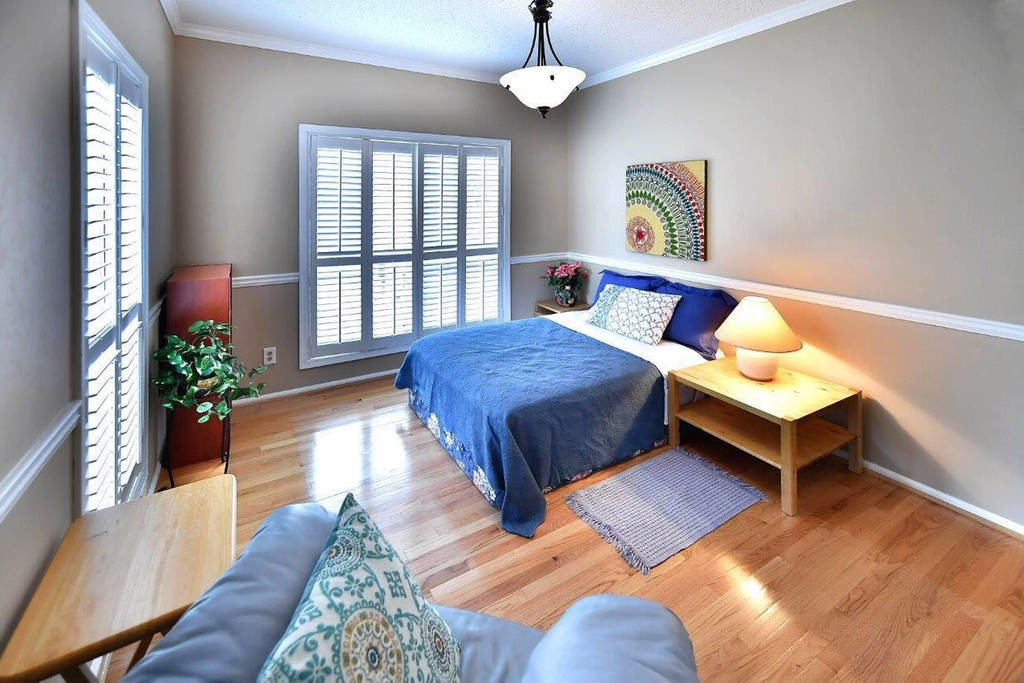 Foyer bedroom