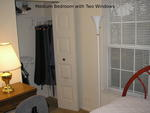 Furnished room, MetroBus/Rail to NIH, Walk to Montgomery College & supermarket, WiFi_CATV in bedroom