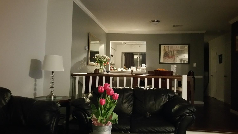 Great homestay near Van Dorn Metro room 3