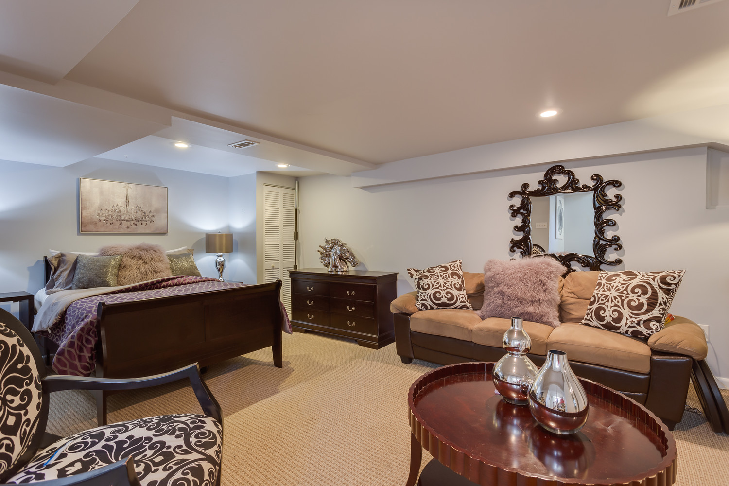 Luxury private basement suite in Heart of DC