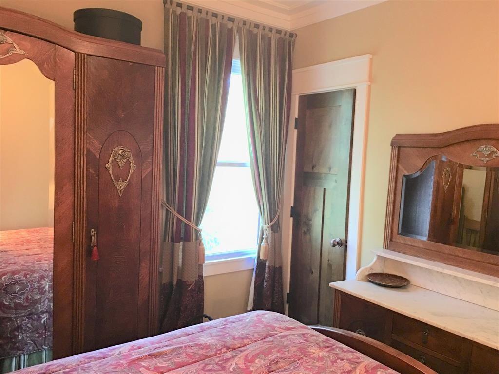 2nd Floor for rent