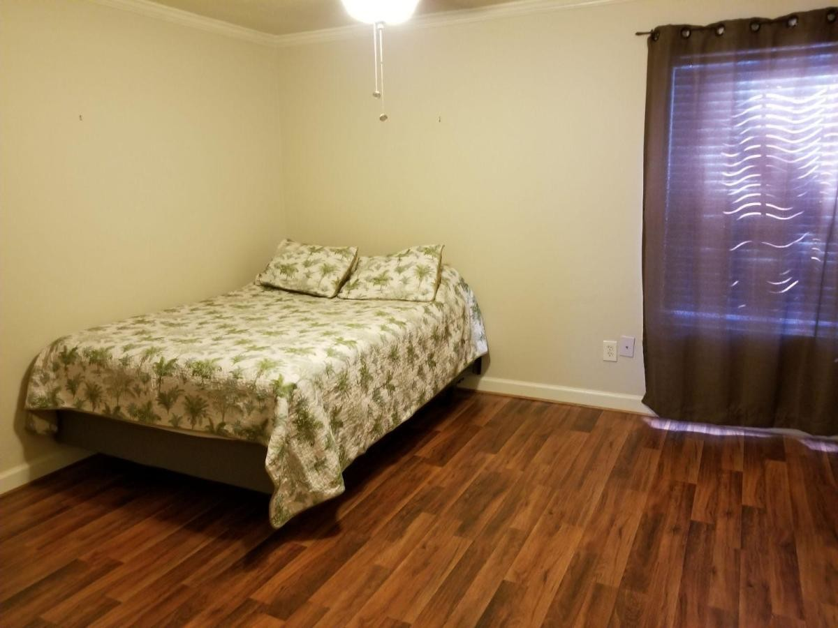 Room for rent in Houston