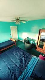 Single Occupancy Room only! Weekly rental, Convenient, Close to T
