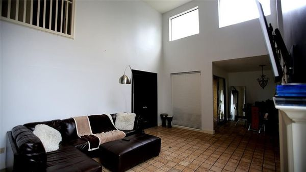 Wondrous Room For Rent In A Fully Furnished 2100 Square Feet Home In Download Free Architecture Designs Embacsunscenecom