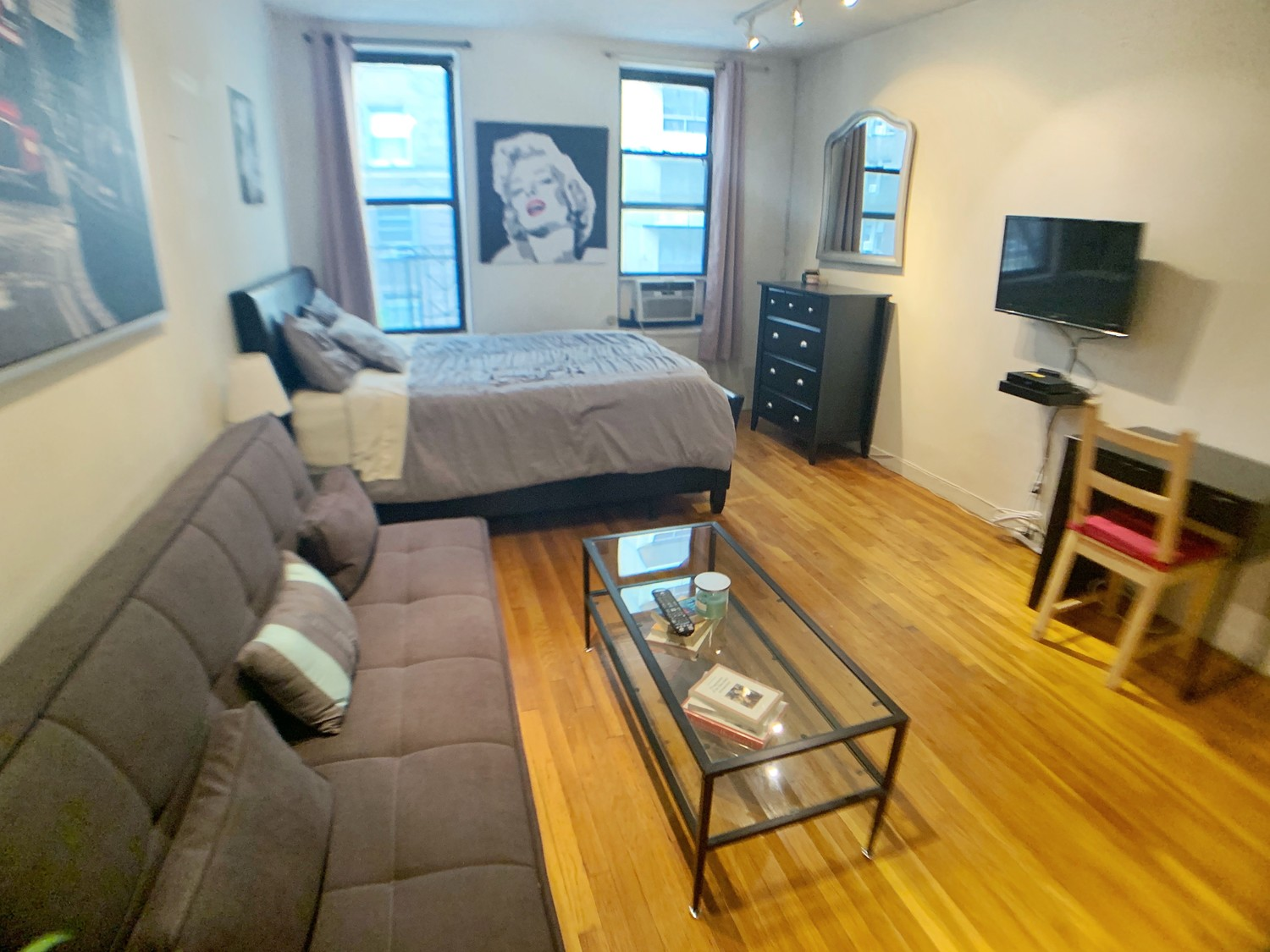 (Perfect Sublet #1042) Furnished Studio + Sofa bed
