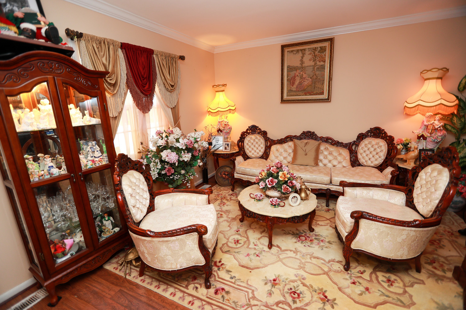 Private room in a great house!