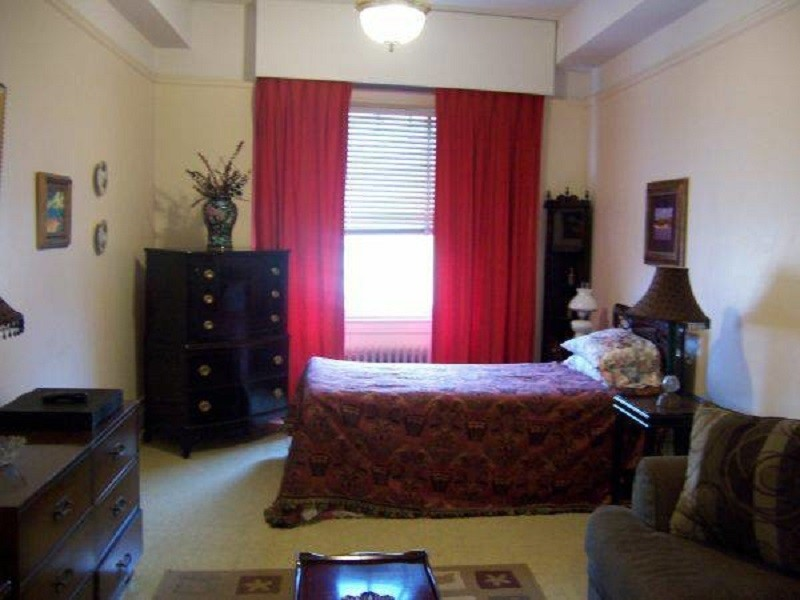 FURNISHED ROOMS AVAILABLE INTERNATIONAL HOUSING