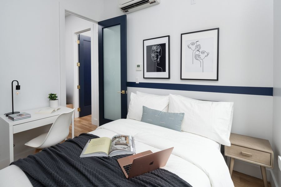 473 - Private furnished room in a 4 bedroom 1,5 bathroom apartment in Williamsburg