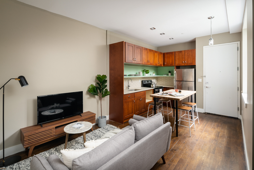 323 - Private furnished room in a 5 bedroom 2 bathroom apartment in Bed-Stuy.