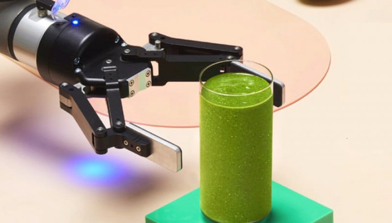 Albilad Smoothie Making Robots Are Here To Steal Your