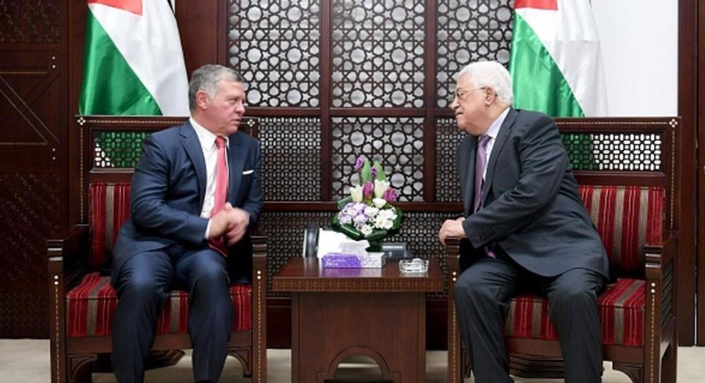 العاهل الأردني يحذر من تبعات سلبية لتغيير وضع القدس
