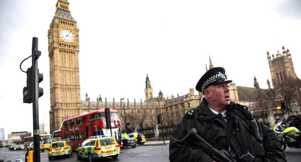 بلاغات البريطانيين تضاعفت منذ الهجمات الإرهابية