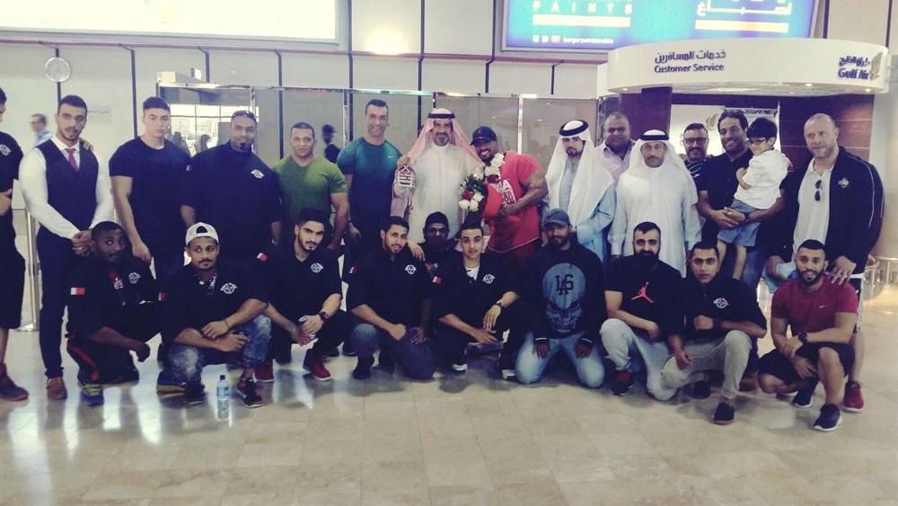 استقبال مميز للبطل سامي الحداد بمطار البحرين