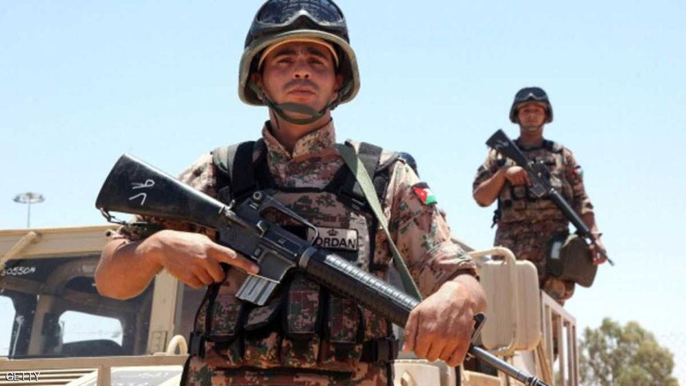 الجيش الأردني يحبط إدخال قطع سلاح من سوريا