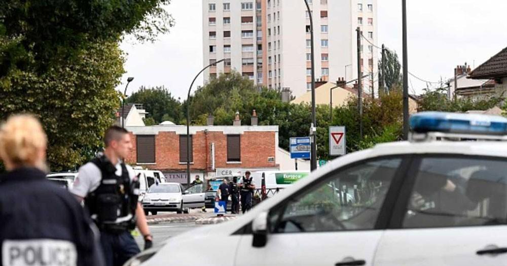 """فرنسا: رجل """"مصنع المتفجرات"""" على صلة بداعش"""