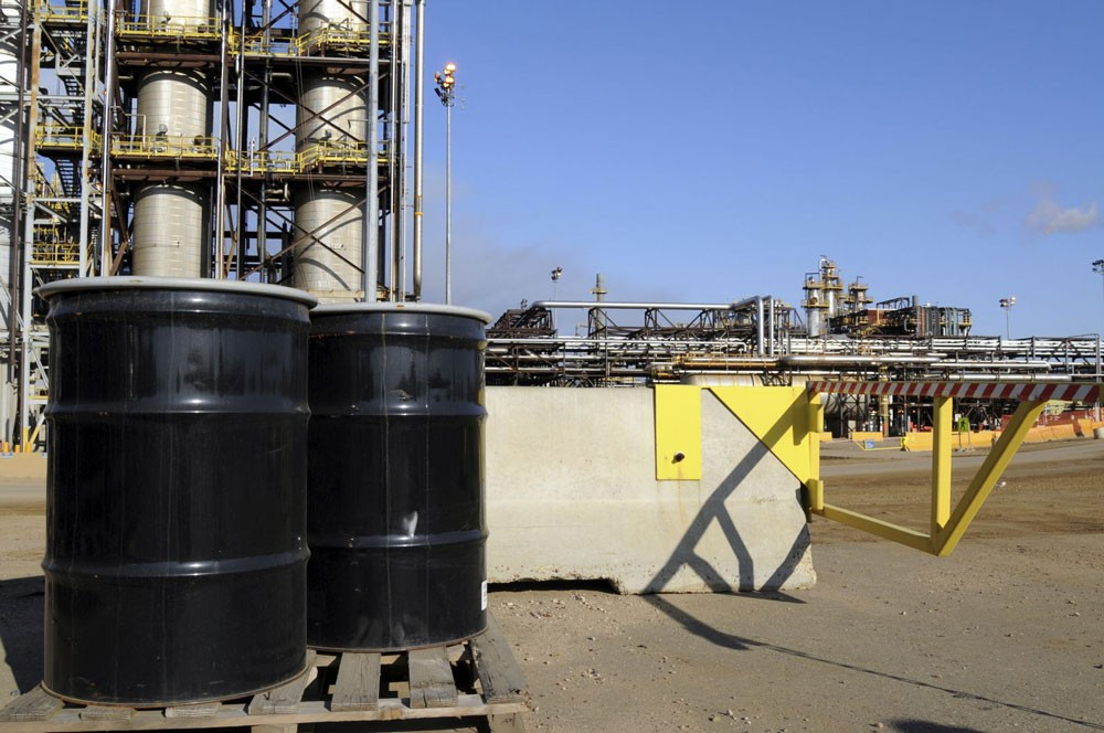 ارتفاع اسعار النفط وسط أنباء عن مناقشة تمديد اتفاق خفض الإنتاج