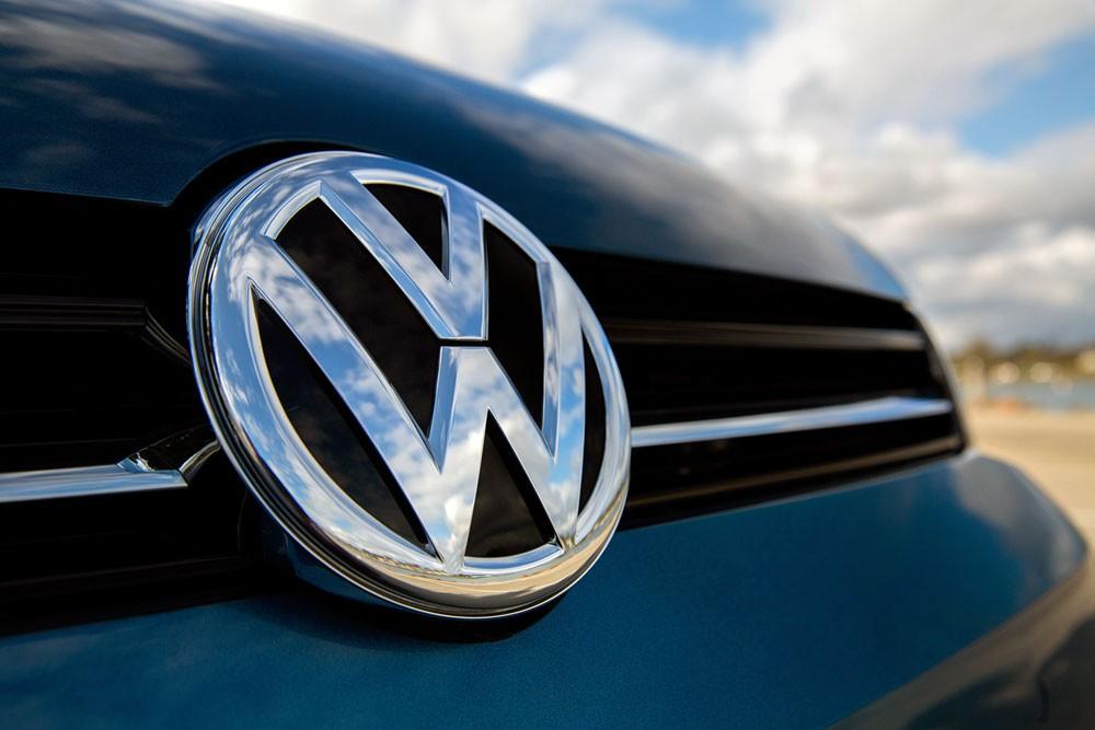 فولكسفاغن تخطط لإنفاق 20 مليار يورو في السيارات الكهربائية