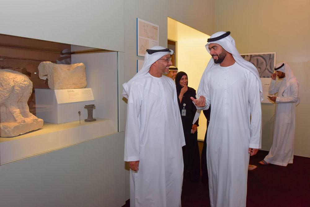 """"""" مركز الشيخ زايد الكبير"""" يكشف عن سرديات معرض """"الحج: رحلة في الذاكرة"""""""