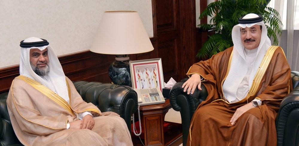حميدان يبحث مع النائب بو حسن تعزيز مجالات توظيف الباحثين عن عمل