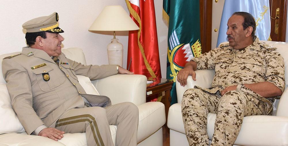 القائد العام يستقبل الملحق العسكري لجمهورية الجزائر الشقيقة