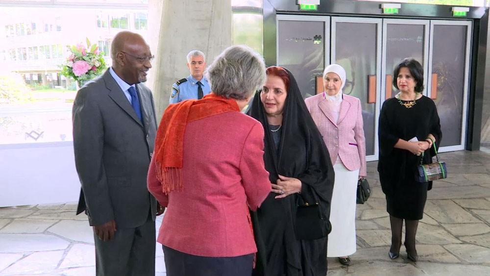 """معرض """"نساء بعين فنانات بحرينيات"""" يستمر حتى 15 سبتمبر الجاري"""