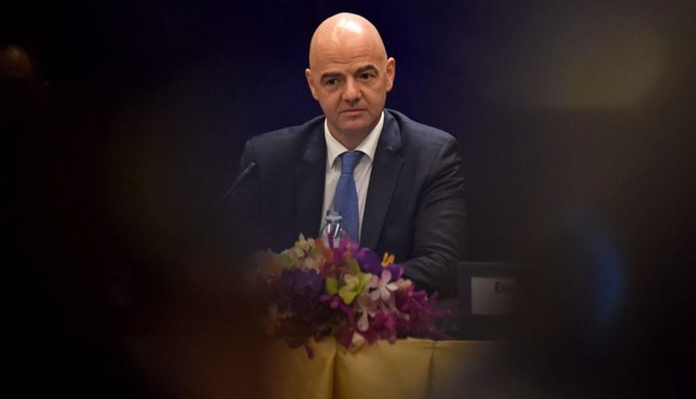 مسؤول سابق في فيفا يتهم انفانتينو بالتدخل في عمله