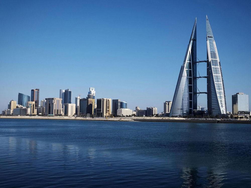 احتضان البحرين لشركات عالمية يعزز من مكانتها في قطاع الأعمال