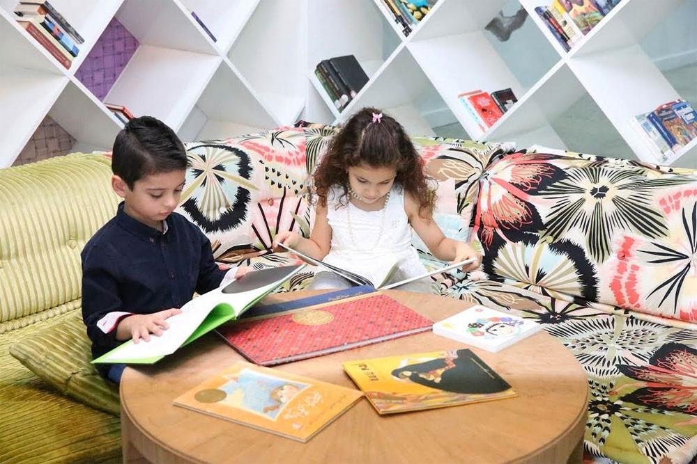 """""""جائزة اتصالات لكتاب الطفل"""" تعتمد أعضاء لجنة تحكيم نسختها التاسعة"""
