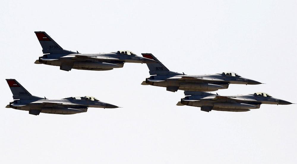 تدمير 10 سيارات محملة بالأسلحة في مصر قادمة من ليبيا