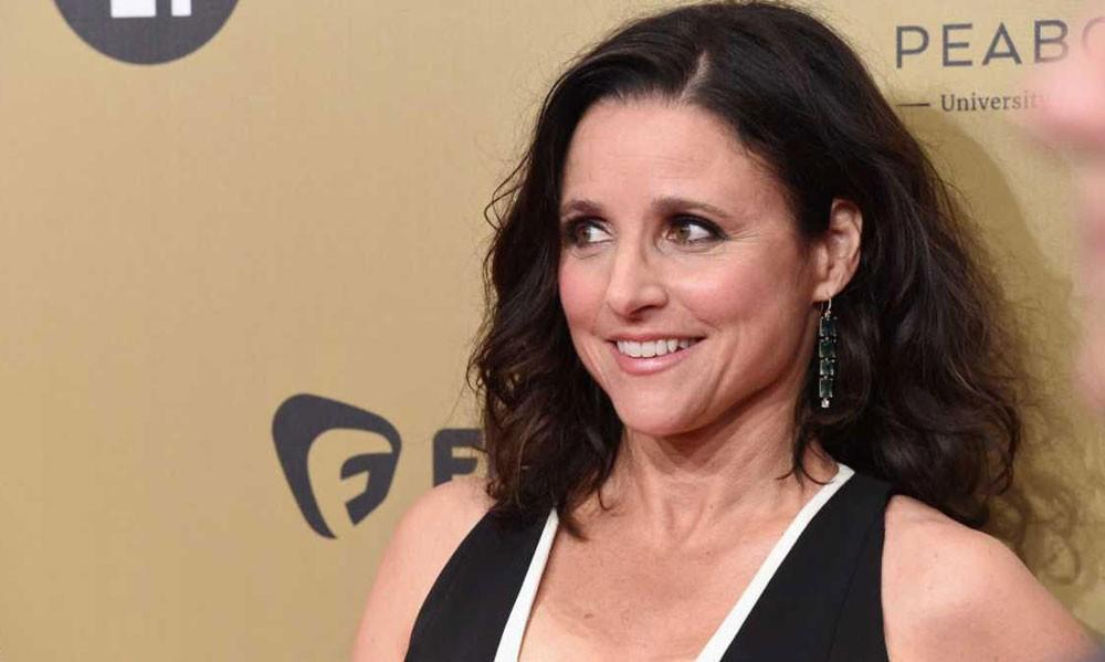 ممثلة شهيرة تعلن إصابتها بالسرطان