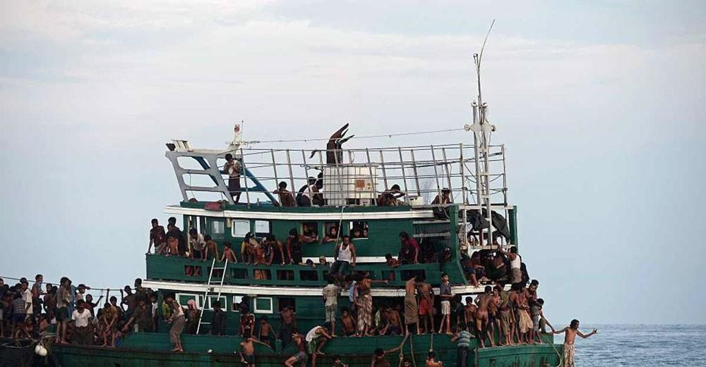 60 قتيلا من مسلمي الروهينغا في مأساة جديدة