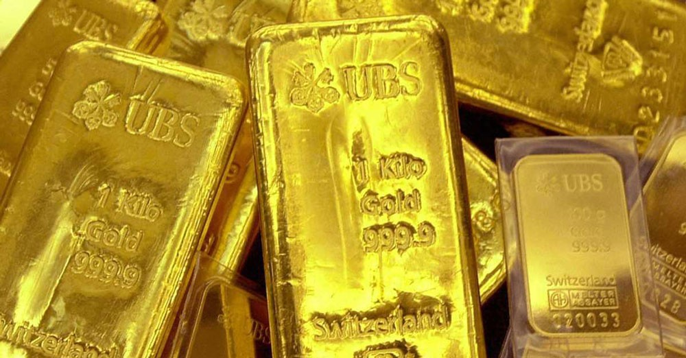 """الذهب يتجه إلى """"أسوأ أداء شهري"""""""