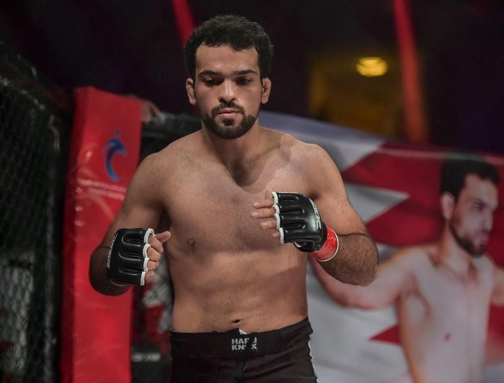 حمزة الكوهجي يواجه فرهاد في Brave 9 في البحرين