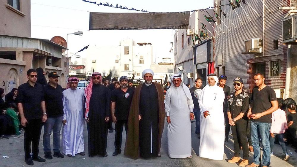 محافظ الشمالية ورئيس الأوقاف الجعفرية يشاركان في عزائي المقشع ومقابة