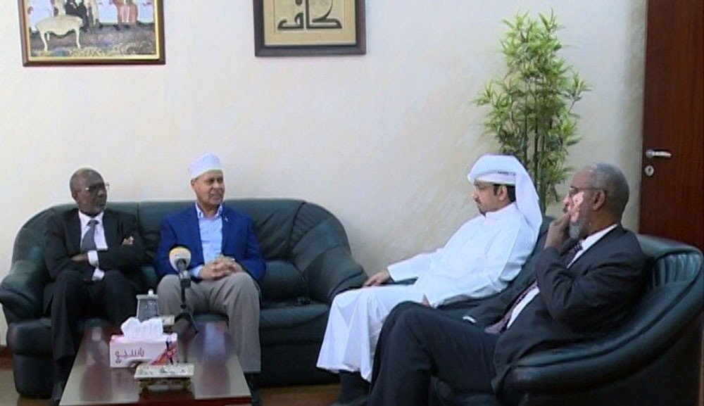 وزير الثقافة الصومالي يزور مؤسسة عبدالعزيز سعود البابطين الثقافية